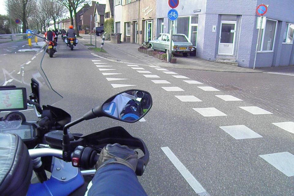 Motorrijbewijspoint Delft theorie cursus online